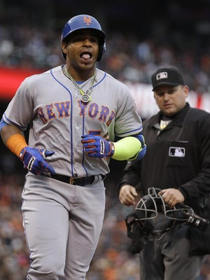 Mets' Yoenis Cespedes begins his home run trot after taking Giants pitcher Jeff Samardzija deep in the seventh inning of Sunday's game.