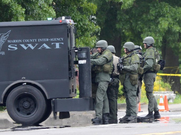 Police respond to a domestic disturbance at a residence near Lancaster and Hayesville on Tuesday, June 3, 2014.