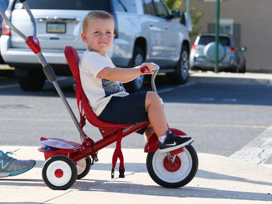 -Hudson-Smith-Enjoys-ride-around-downtown-Chambersburg.jpg