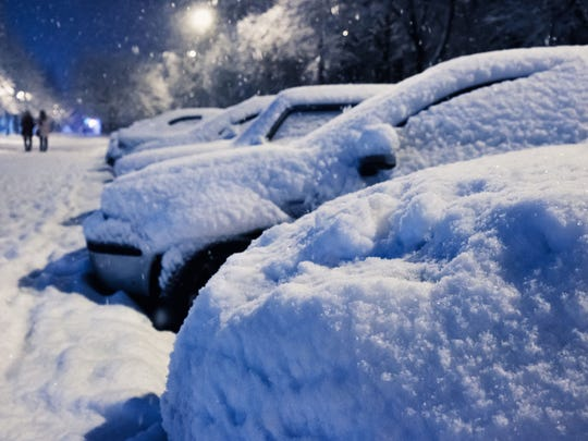 By forgetting to clean the snow off your car, you could put other drivers at risk.