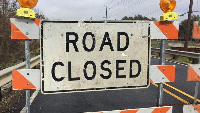 Lanes of Johnston Street and College Road in Lafayette to be closed temporarily.