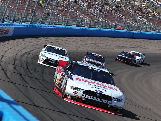NASCAR: Axalta Faster Tougher Brighter 200