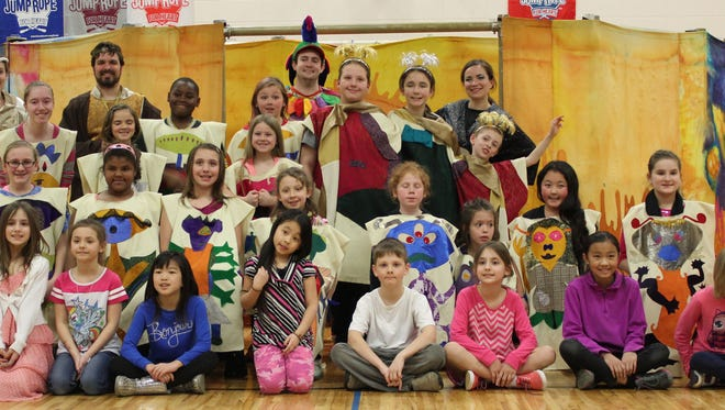 Washington Elementary Students participated in the Opera for the Young performance of Mozart's The Magic Flute.