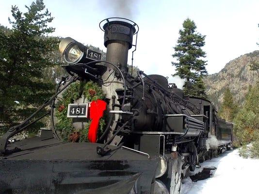 636162030664617337-colo-Christmas-Tree-Train-6.jpg