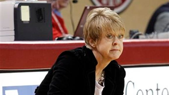 Alabama coach Kristy Curry reacts to a call by an official during the first half of an NCAA college basketball game against Kentucky on Thursday, Jan. 2, 2014, in Tuscaloosa, Ala. Kentucky won 85-63. (AP Photo/Butch Dill)