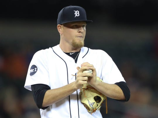 Tigers pitcher Daniel Stumpf pitches during the eighth