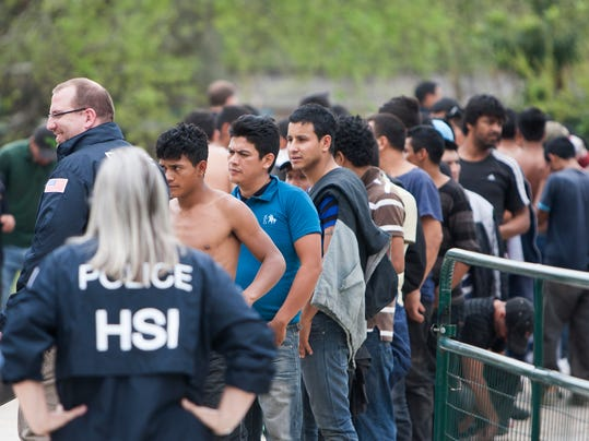 AP_SUSPECTED_HUMAN_SMUGGLING_HOUSTON_62966910