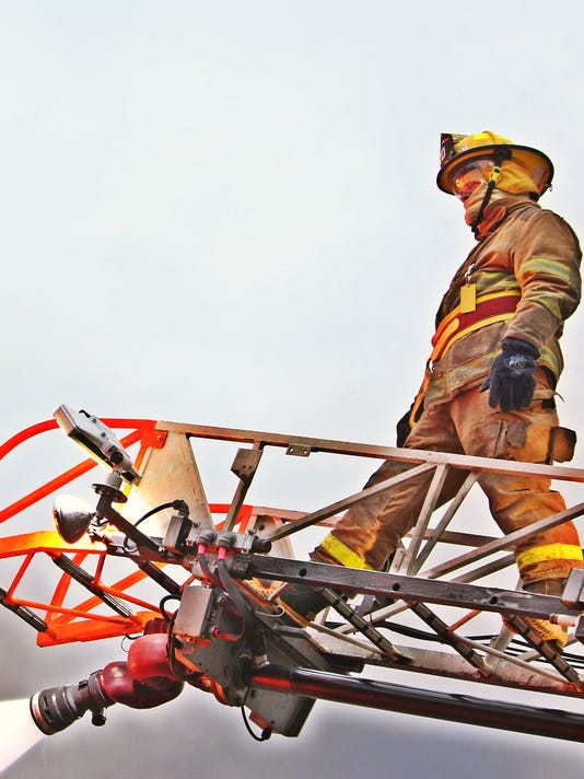 20141004_Amish_firefighters_05.jpg
