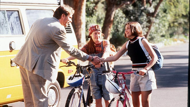 In 'The Baby-Sitters Club' movie, Mary Anne's preppy pairing of a sleeveless sweater and khaki cargo shorts is totally aces.