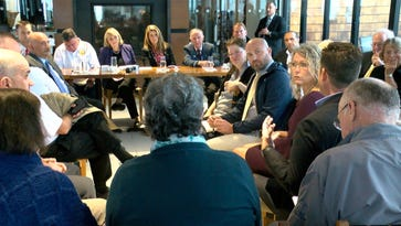 Guadagno hosts Sandy roundtable in Sea Bright