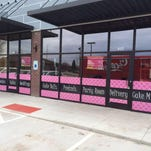 Cupcake Addict will open in early January in Johnston. Noodle Zoo restaurant is set to open next door.