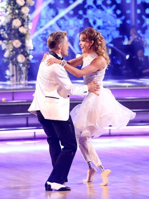 Amy Purdy and Derek Hough on the April 21 episode of 'Dancing With the Stars.'