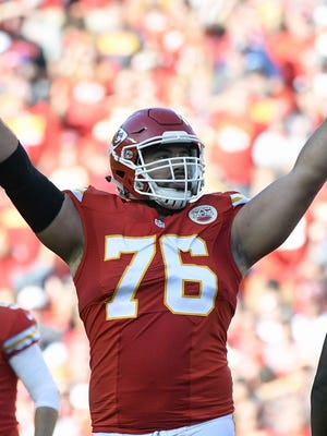 Chiefs offensive lineman Laurent Duvernay-Tardif got his medical degree on Tuesday.