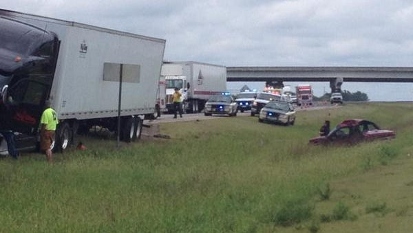 One person is dead after a wreck on State Route 840 on Thursday morning.