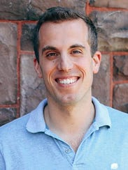 Stephen Spinelli will direct the Cornell Chorale and
