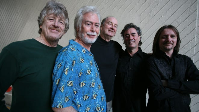 The Lovin' Spoonful (L to R) Phil Smith, Joe Butler, Steve Boone, Jerry Yester and Mike Arturi.