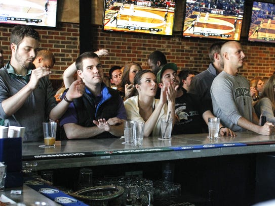 Peppino S Pizza: 9 Favorite Places To Watch Spartan-Wolverine Game