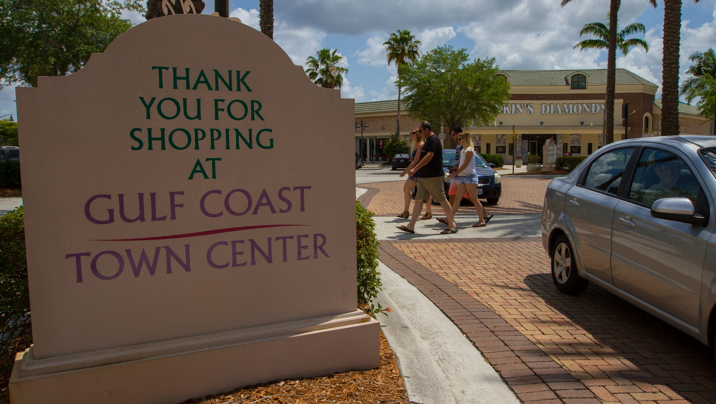 IRMA Gulf Coast Town Center Begins Opening Stores Restaurants - Babies r us gulf coast town center