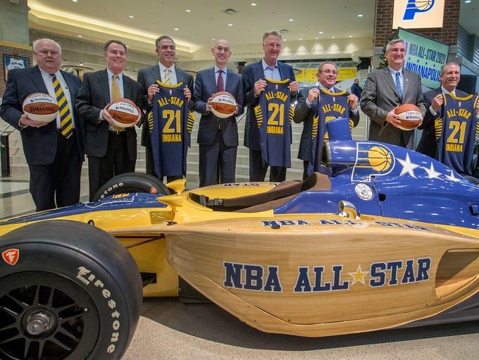 Pacers Sports & Entertainment vice chairman Jim Morris,left,