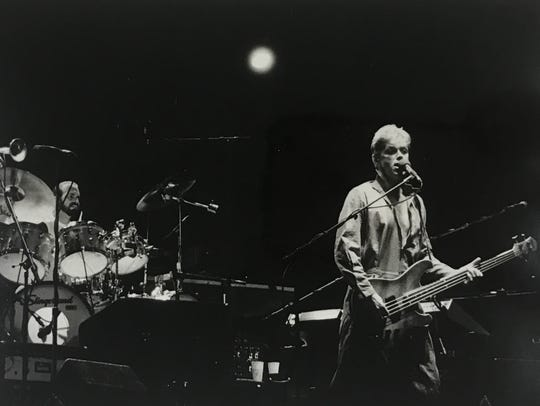 Peter Cetera, right, performs with Chicago at the Indianapolis