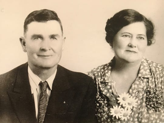 Homer and Bessie Goodgion, parents of the late Ruby Pearl (Goodgion) Yates. The family lived on a farm near Trickham in Coleman County.