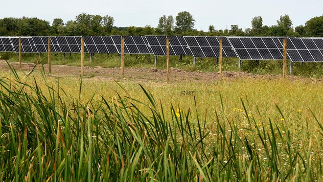 The Temperance Solar Project is redeveloping 150 acres of farmland on the former site of the B.L. Cousino Inc. hay and straw mill. The parcel is located at S. Dixie Hwy. and Sterns Rd. The solar farm is being constructed by Geronimo Energy.