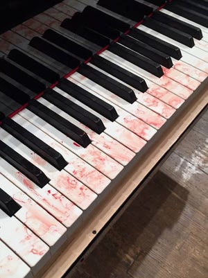 This image taken by Chris Slaughter of the Cincinnati World Piano Competition is making the rounds on social media.