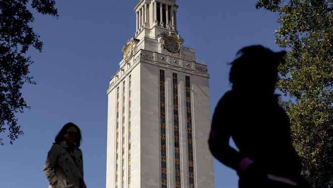 The University of Texas will continue to automatically admit high school students who finish in the top 6% of their graduating class for summer and fall 2022.