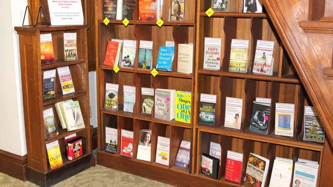 The Glen Ridge Public Library displays the most popular books of 2015.