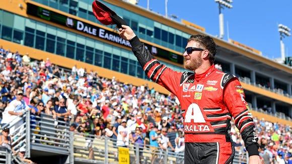 Heartbroken Dale Earnhardt Jr. fans say goodbye at bittersweet final race