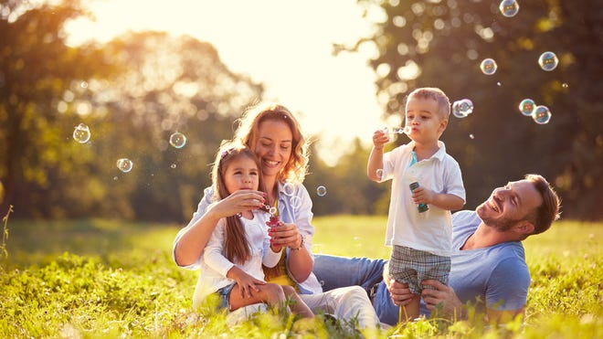 In this edition of LIFEadvice, life coaches Kim Giles and Nicole Cunningham share their top 20 tips for being a better parent.