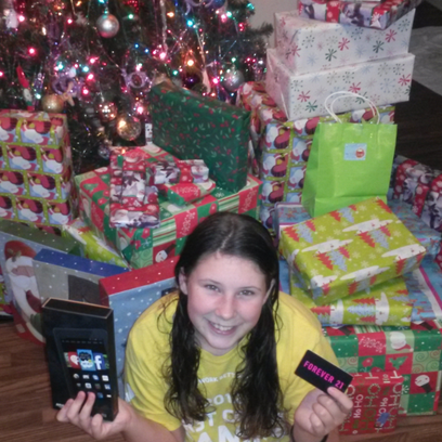 FCN viewers help family robbed of gifts to have a great