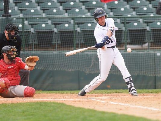 636615780018722744-Augustana-vs-St.-Cloud-State-baseball-003.JPG