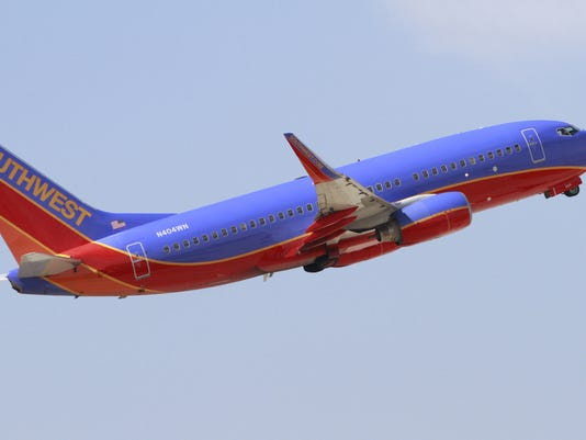 IndyStar stock airplane stock airport stock southwest stock southwest airline