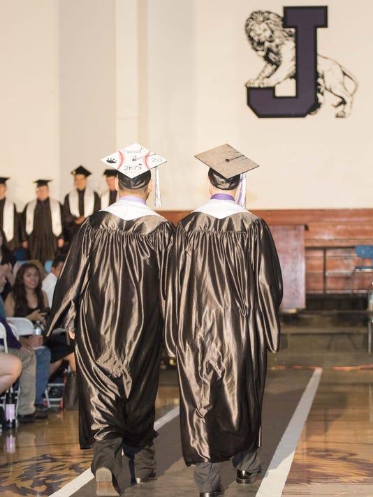 636640593626576466-Jefferson-STSJ-636326193146173665-Jefferson-Graduation.jpg