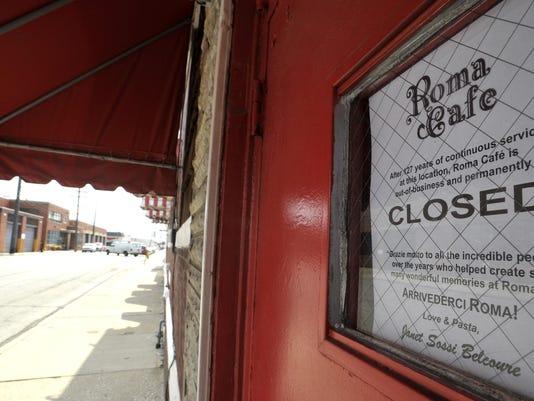 071417-tm-Roma Cafe Closed083