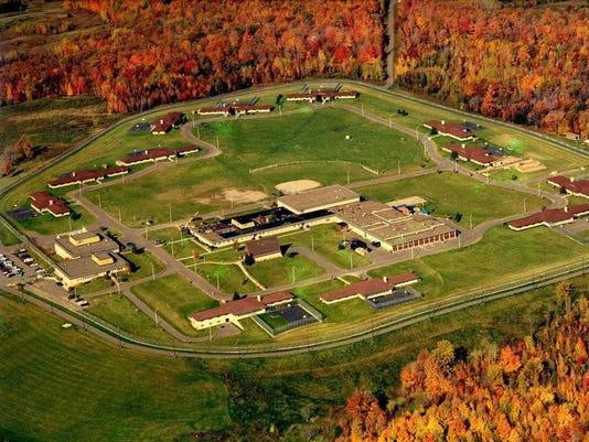 636373707862345555-Wisconsin-youth-facility.jpg