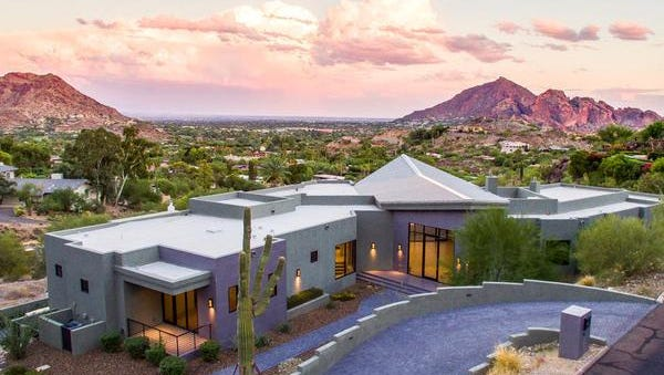 Dominique Dady paid $3.24 million in cash for this contemporary Paradise Valley home.
