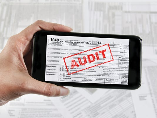 Tax e-file with mobile device