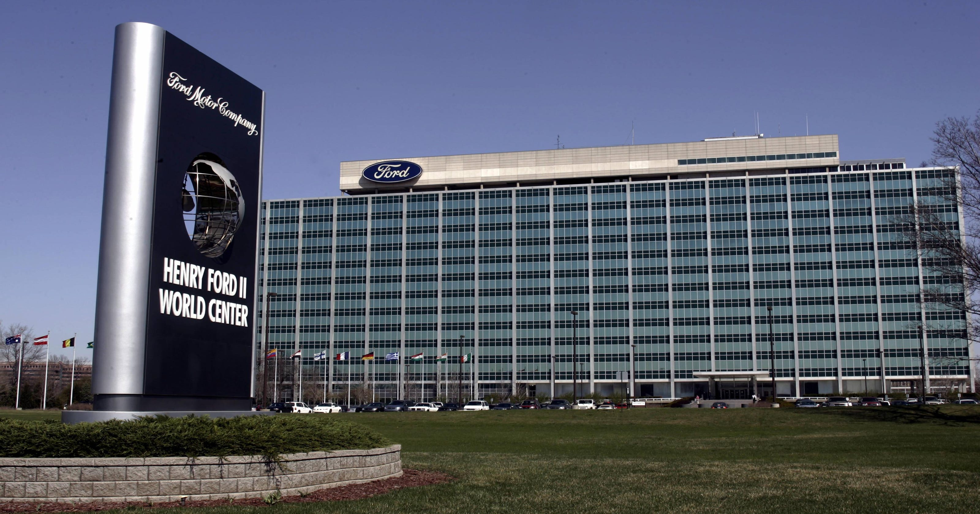 Ford expects to cut jobs in global restructuring