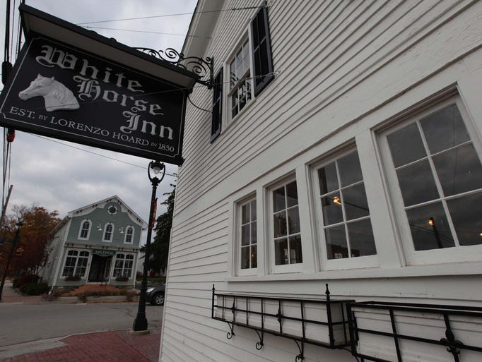 The White Horse Inn in Metamora will reopen under new