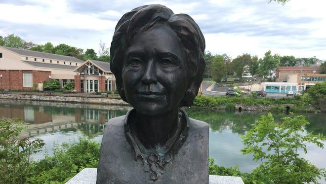Bust of Hillary Rodham Clinton in Seneca Falls, N.Y.