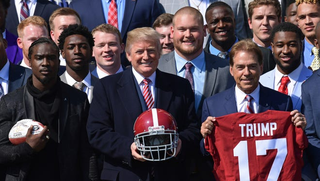 Trump offers high praise for national champion Alabama Crimson Tide