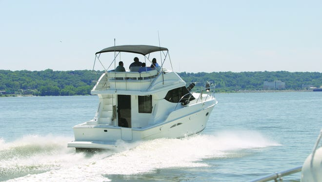 New bill: Boaters who take a safety precaution could get slight discounts on their annual vessel-registration fees.