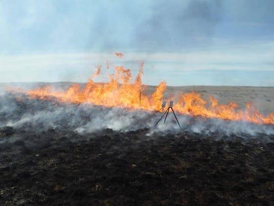 3-henry smith fire.jpg_20150508.jpg