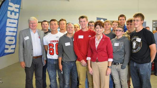 On Oct. 2, Kondex welcomed Lt. Gov. Rebecca Kleefisch, center, and Congressman Glenn Grothman, far left, to its facility, along with several visitors from Moraine Park Technical College, Lomira High School, AEM (Association of Equipment Manufacturers), and the community.