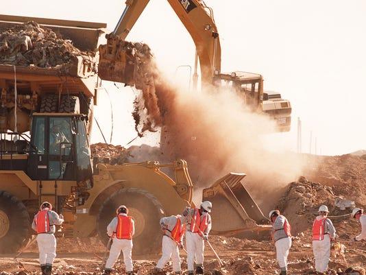 636449751733022174-landfill.jpg