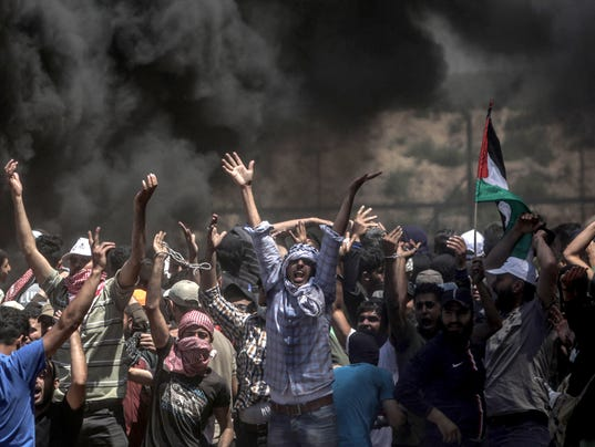 EPA MIDEAST ISRAEL PALESTINIANS CLASHES NEAR THE BORDER EASTERN GAZA WAR CONFLICTS (GENERAL) --- GA