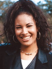 Selena Quintanilla Perez at Cunningham Middle School in November 1994.