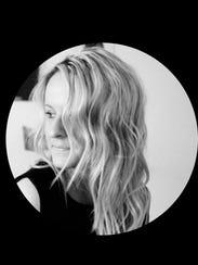 Lindsay Lennartson